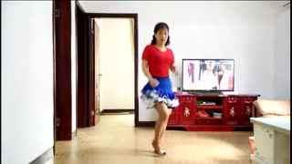 广场舞:《一片艳阳天》动感时尚小妹跳起来
