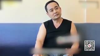 杨幂59岁爸爸超壮!展惊人腕力撂倒年轻人