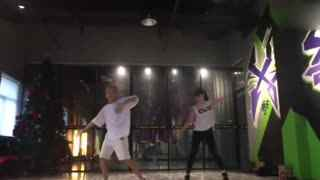 帅爆了!刘亦菲跳舞视频曝光 舞步帅气引惊叹