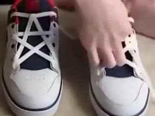 花式系鞋带 花式鞋带五角星花样系鞋带的绑法图片