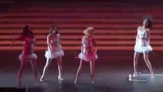 少女时代出道10周年 听粉丝告白台上痛哭
