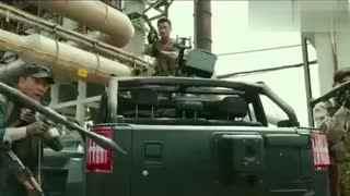 吴京有什么背景_为什么拍摄《战狼2》能调动军队和坦克军舰