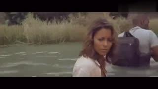 猴子警告游客河里有蟒蛇却不听劝阻,结果悲剧真的发生了
