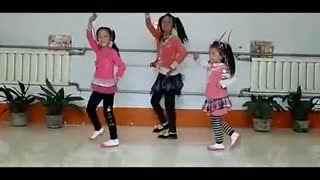 幼儿甩葱舞教学视频_幼儿园舞蹈集体视频 少儿舞蹈 甜蜜的爱--华数TV