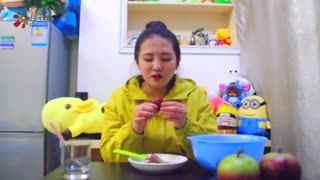 【一起来吃吧】瑞雯试吃仙人掌果、牛奶果 酸过之后就是甜