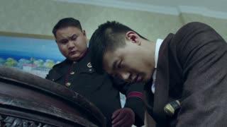 《喋血长江》陆船长被陷害杀害大副刘金胜,被警察抓捕