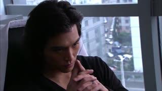 《佳期如梦》东子看了新闻后,得知佳期跟自己撒谎,更坚信他自己的判断
