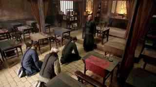 《于成龙》两个好兄弟要去北京选官,独留男子一人在老家,男子非常舍不得