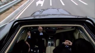 《无懈可击之高手如林》男子哪怕被蒙住双眼,也能在车上指路,这也太厉害了吧!