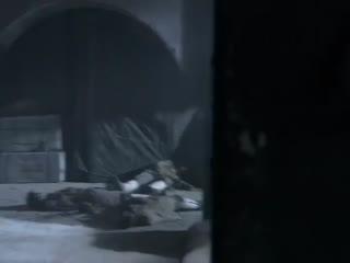 《毒刺》并不知道被包围,上演了一场枪战,这动作怕是爱的魔力转圈圈?