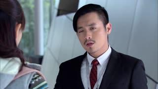 《无懈可击之高手如林》男子将自己钱包丢给女子,直接诬陷女子偷自己的钱包,太坏了!