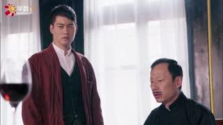 《新猛龙过江》恶霸心怀恶意,不料餐厅遇服务员偷袭刺杀