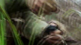 《特种兵之深入敌后》小鬼子在钓鱼特种兵,没想到特种兵黄雀在后更胜过一筹