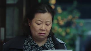 《春天里》家人收到兄弟的来信,两人在北京一切都好,母亲却为他们担忧