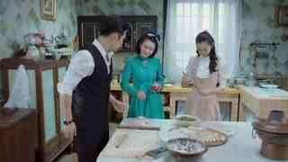 《小楼又东风》女孩用辣椒饺子妙计,想问出好友恋人的名字,青年看出端倪打掩护