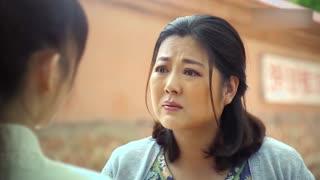 《小草青青》青青撮合小莉和秋来,结果小莉说出放弃的理由,青青对小莉动武!