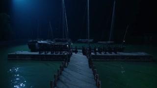 《魔都風云》男子手下傷亡慘重,從船上抬下來一具具尸體,意識到事情嚴重