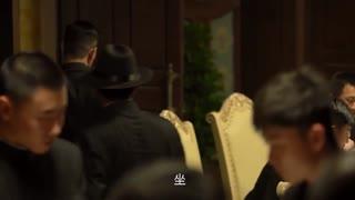 《破晓》男人与兄弟把酒言欢,这时男主突然带着警察闯入,究竟是为何?