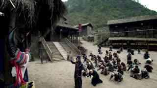《特种兵之深入敌后》部落族人生病了,却以为祭拜山神就能拯救族人,真是异想天开