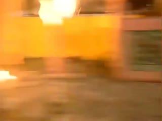 《南少林三十六房》内奸放火想要烧死方丈,却没想佛像后面有暗道,方丈成功逃脱
