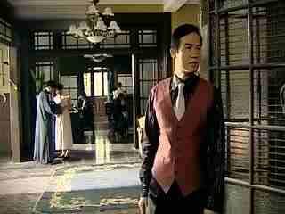 《凤穿牡丹》少夫人的家产被二叔抢走,少夫人主动来公司求职,以退为进!