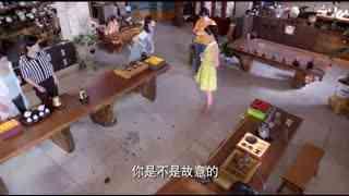 《闪亮茗天》狡诈耍手段害同学,谁知她竟把女孩名贵茶壶摔破,太狠毒!