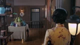 《飞哥战队》飞哥从日本人手里抢宝物,高智商夺东西,日本人被自己的防盗门耽误事!
