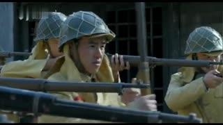 《战火中的兄弟》鬼子两面夹击战士,危急关头高手出手相救,端起机关枪扫射鬼子