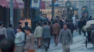《战火中的兄弟》两男子获得李阿三的信任,李阿三竟对两男子说出秘密!