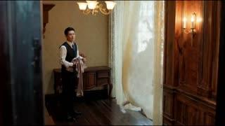 《小楼又东风》美女借用富豪家浴室,谁知富豪守在浴室门口,下一秒尴尬了