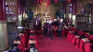 《大明医圣李时珍》臣子因在朝廷与皇上发生争执,被赐仗罚后,在午门被吊死