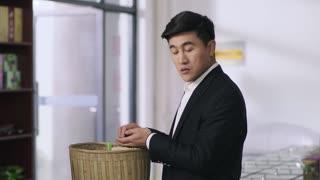 《我们在梦开始的地方》第41集精彩看点:去卖覆盆子遇重洋 秒变成为柠檬精