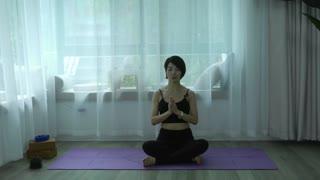 维密瘦身瑜伽,12天练出完美好身材 第6集