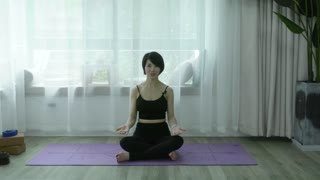 维密瘦身瑜伽,12天练出完美好身材 第10集