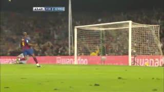 0405赛季国家德比:巴塞罗那3-0皇家马德里 圣卡西卡洛斯配合超级巨大失误,猎豹得分!
