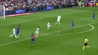 1617赛季国家德比:皇家马德里2-3巴塞罗那 梅西读秒绝杀!伯纳乌经典晒球衣