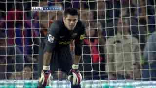 0607赛季国家德比:巴塞罗那3-3皇家马德里 19岁梅西封神一战!帽子戏法绝平救主