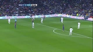 1112赛季国家德比:皇家马德里1-3巴塞罗那 本泽马开场20秒进球,桑切斯哈维小法导演三球逆转