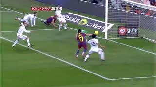 1011赛季国家德比:巴塞罗那5-0皇家马德里 穆氏皇马首次世纪大战,皮主席经典五指山