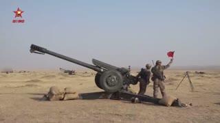 【第一军视】黄沙漫天,数十门火炮齐射威力究竟有多猛?
