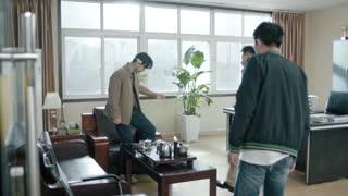 《一路上有你》郭晓小张斌大打出手