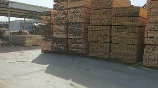 方木加工厂家生产优质工地建筑木方,规格齐全