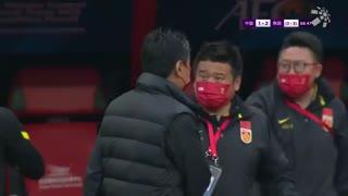 【次回合进球】王霜定位球入禁区 杨曼甩头攻门扳回一球