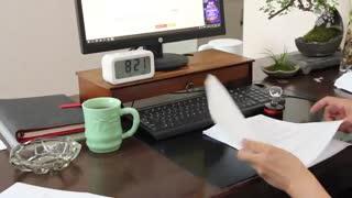 25《办公桌》