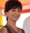 白娘子穿豹纹裙捞金 不老女神赵雅芝微笑显亲和--华数图片
