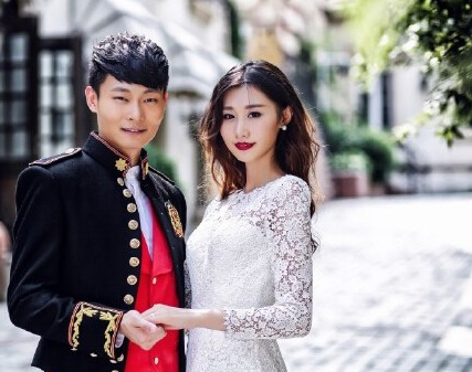 巩汉林儿子大婚 称儿媳妇全家人都满意图片