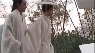 《凤囚凰》路透之关晓彤拍摄花絮 楚玉被人追杀