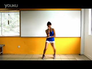 韩国美女组合性感短裤热舞