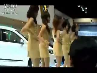 超短裙摆臀热舞 性感美女的诱惑视频