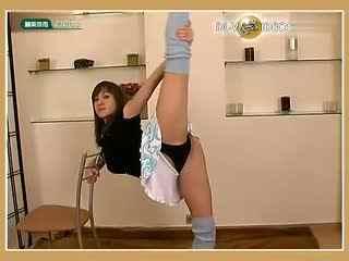 性感美女柔术视频 柔术软功展完美身材